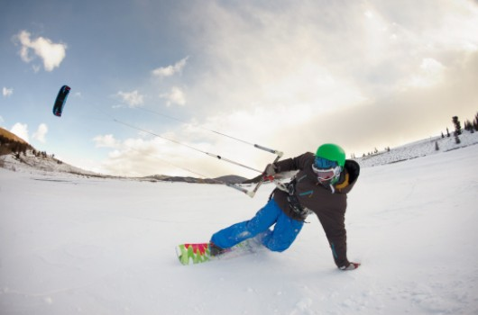 sport-neige-snowkite